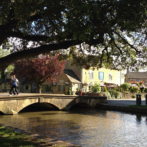 Bourton-on-the-water #cotswolds #countryside #uk