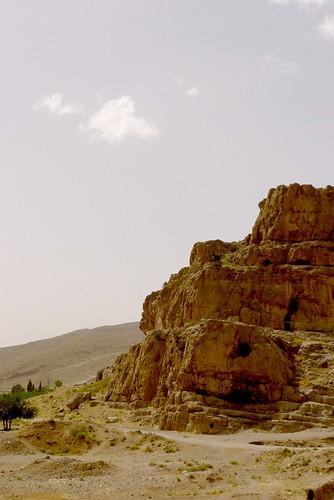 yazd-shiraz-L1030116
