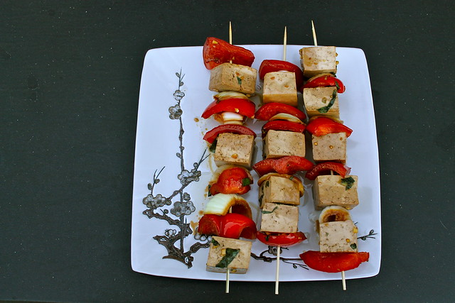 tofu & veggie skewers