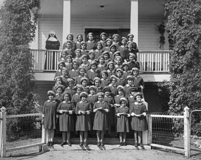 Mikan 3574718 onion lake agency residential school girls flickr