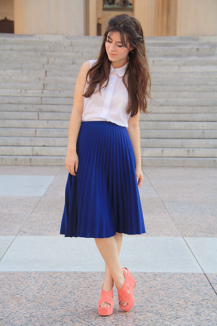 persian blue pleats
