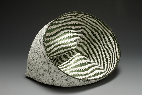 woven-paper-basket-rippled-green