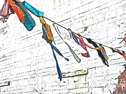 07-31-12 Color in the Alley by roswellsgirl