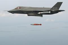 [フリー画像素材] 戦争, 軍用機, 戦闘機, F-35 ライトニング II, アメリカ軍 ID:201208140000