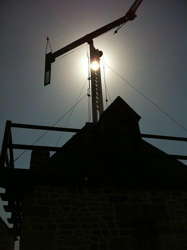 Vieux Telegraphe Echappe. by despod