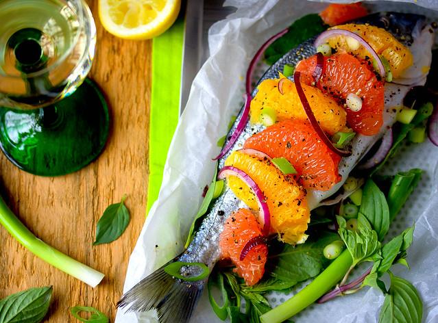 Dorade mit Zitrusfrüchten & Thai Basilikum