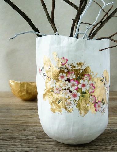 Paper Maché Japonais Vase