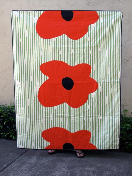 Poppy Quilt #1 with dark binding