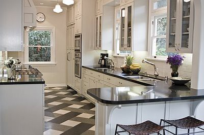 After_-_Kitchenblack_granite_counter_white_cabinets