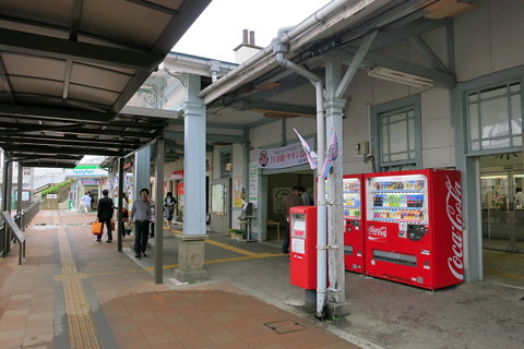 各駅停車を乗り継いで長崎へ(博多〜鳥栖)