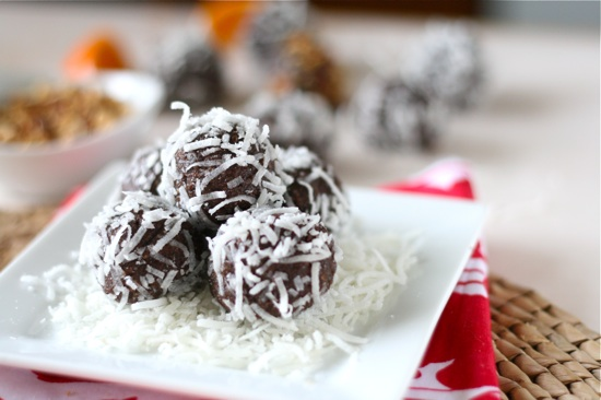 Cocoa-Nut Almond Energy Balls