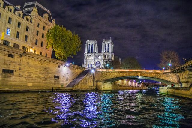 Notre-Dame la Nuit