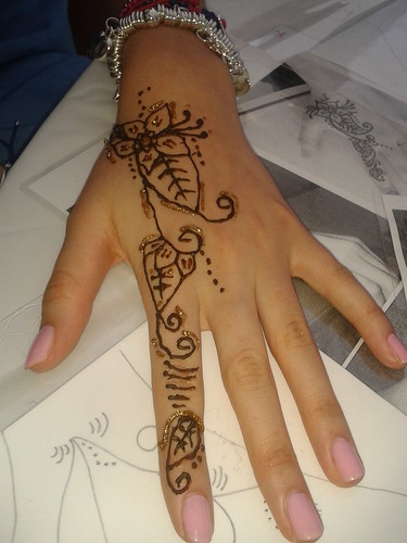 Henna hand no 5 by Sparkle Amina