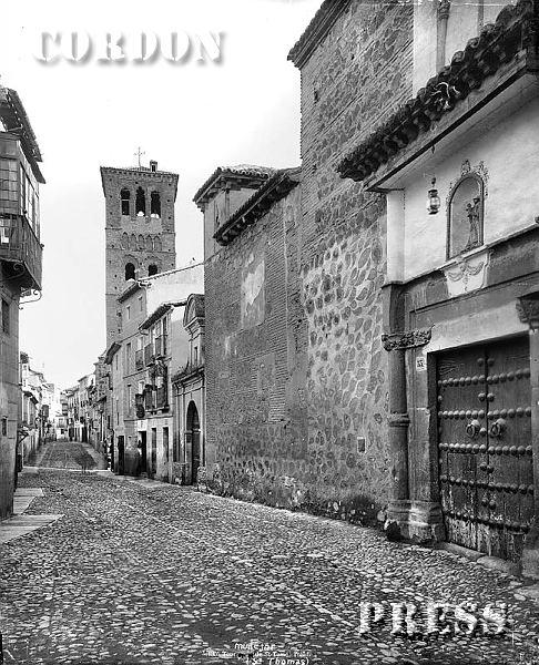 Torre de Santo Tomé y Convento de San Antonio de Toledo hacia 1875-80. © Léon et Lévy / Cordon Press - Roger-Viollet
