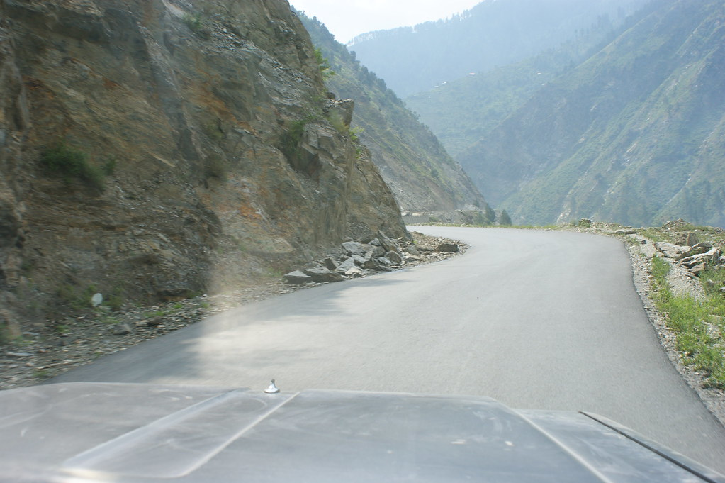 """MJC Summer 2012 Excursion to Neelum Valley with the great """"LIBRA"""" and Co - 7581994478 25a322c821 b"""