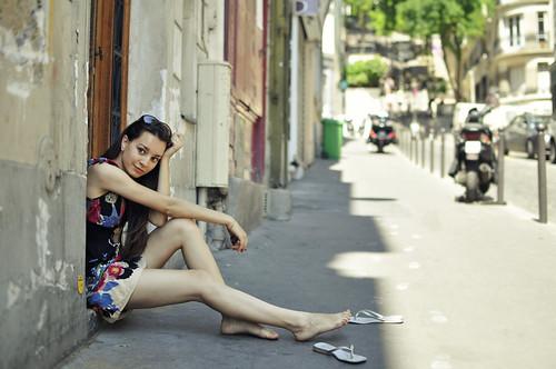 無料写真素材, 人物, 女性, ワンピース・ドレス, フランス人, 街角
