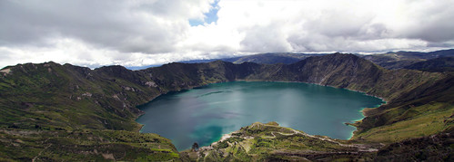 panorama mountains landscape geotagged highlands ecuador andes quilotoa quilotoacrater geo:lat=086660238 geo:lon=7891585455