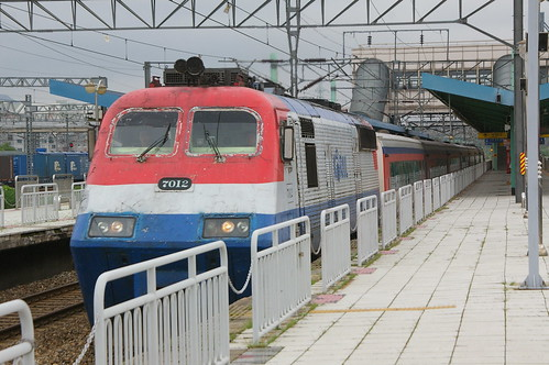 KORAIL 7000series in Uiwang.sta, Uiwang, Gyeonggi-do, S.Korea /Aug 19, 2012