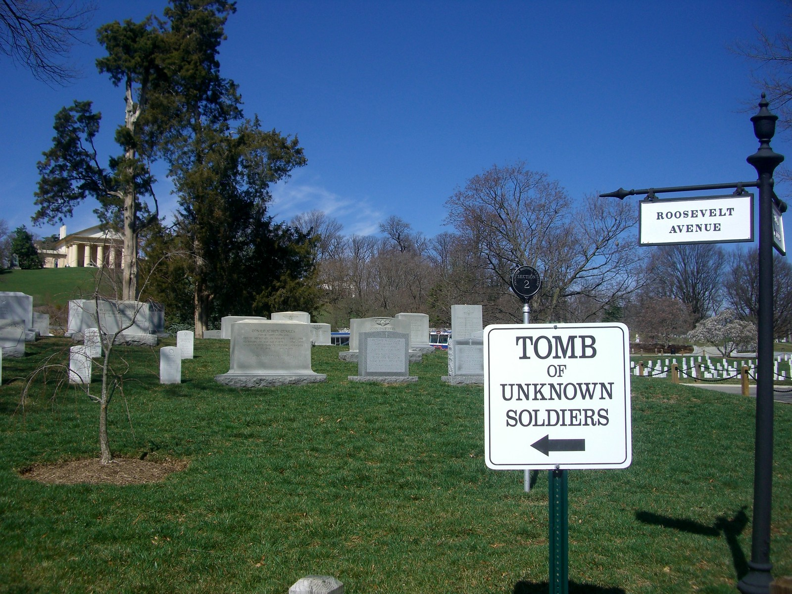 Arlington Tomb sign