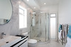 endeavour_ensuite_bathroom