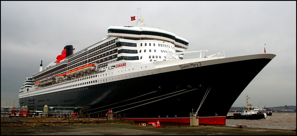 Queen Mary 2, Liverpool.