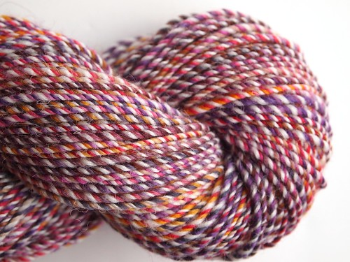 FCK fiber club -Famous Couples-Winter-Spring 2012-February-Falkland-Romeo and Juliet-extra spun skein-3-ply-216yds-for knit on edge -