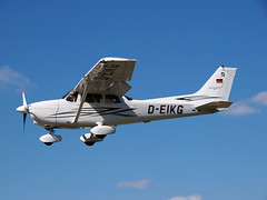 airline, aviation, airliner, airplane, propeller driven aircraft, wing, vehicle, turboprop, cessna 172, flight, aircraft engine,