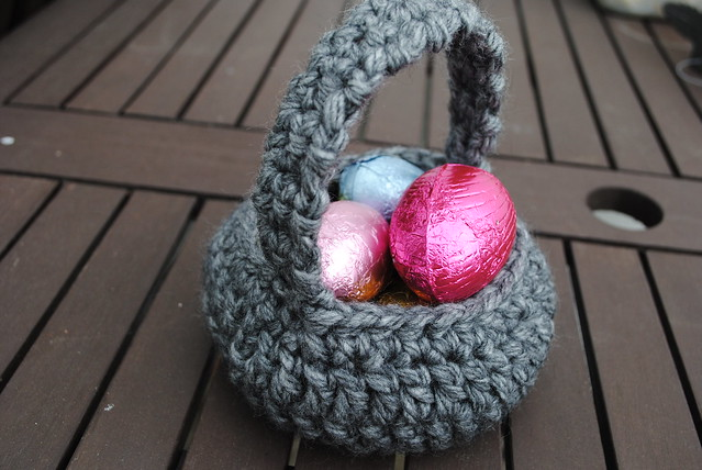 Crochet Easter Basket