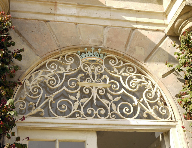 Rusticated Arch