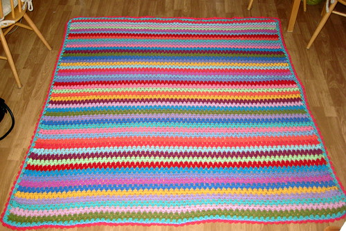 Giant Crochet blanket: Finished!