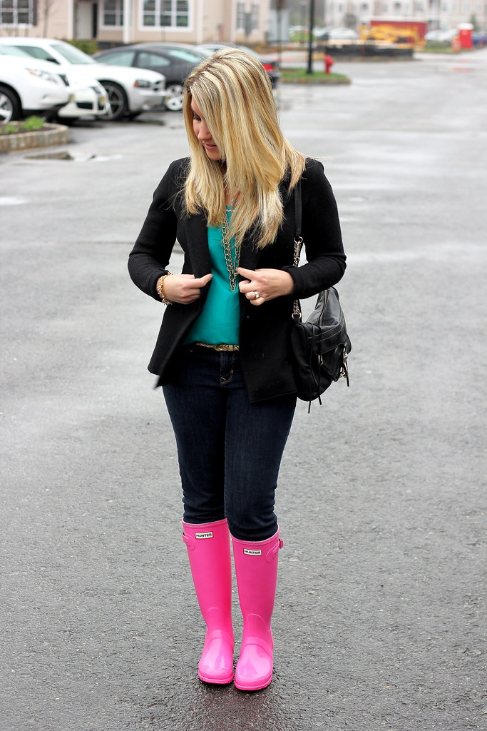 Pink Hunter Boots Outfit