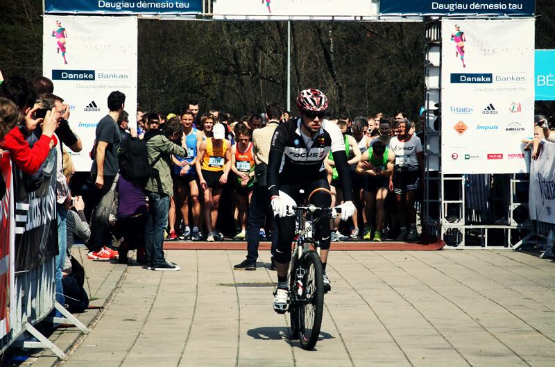 Pusmaratonis18