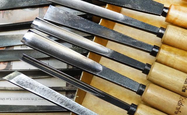 Los muros nos hablan eugenio calderon herramientas - Gubias para madera ...