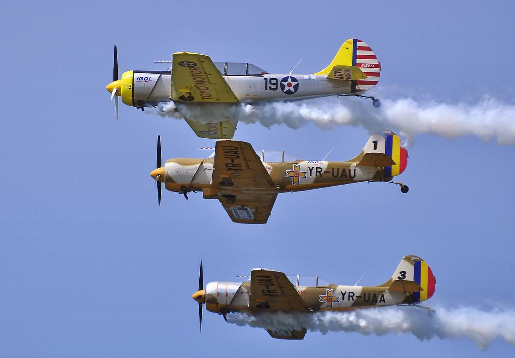 AeroNautic Show Surduc 2012 - Poze 7521291646_01e3eea5fa_b