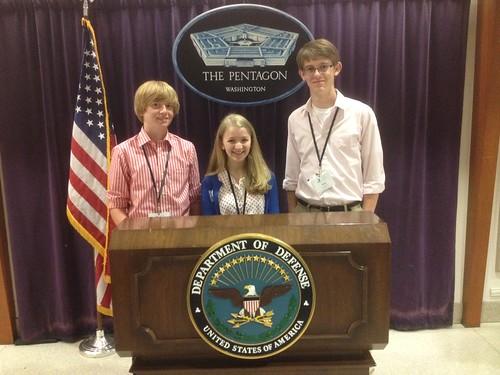 NSLC POLI Students Visit the Pentagon