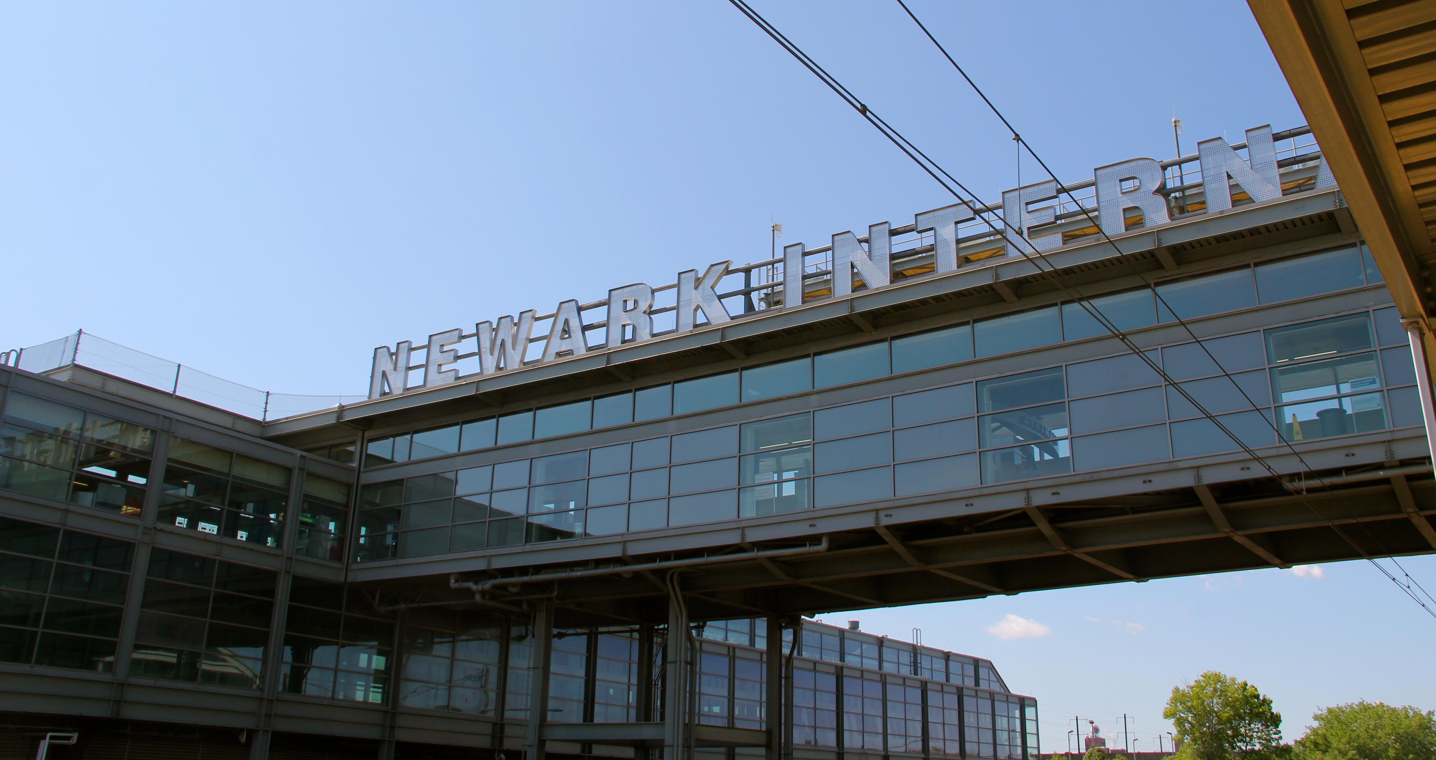 Aeroporto Newark : Como ir do aeroporto newark liberty até o centro de