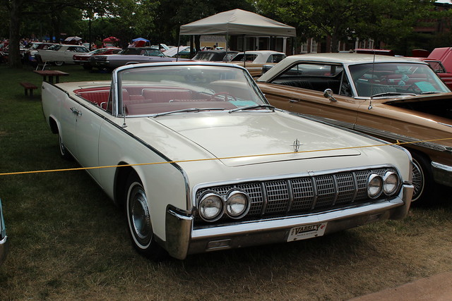 1964 lincoln continental convertible sedan flickr. Black Bedroom Furniture Sets. Home Design Ideas