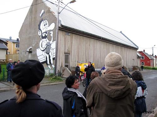 Streetart walk with Tristan Manco at Komafest