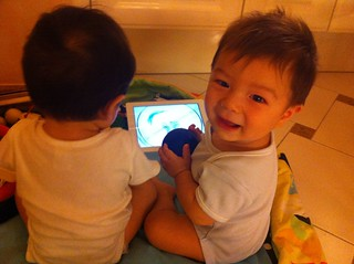 Lucca and Marco watching Baby Einstein
