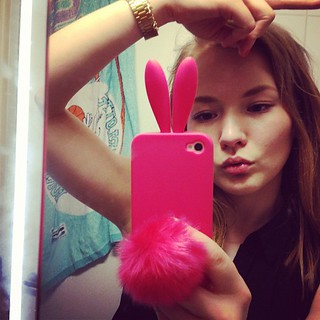 #pink #bunny #bunnycase #me #mirrorpose #xd #glitter