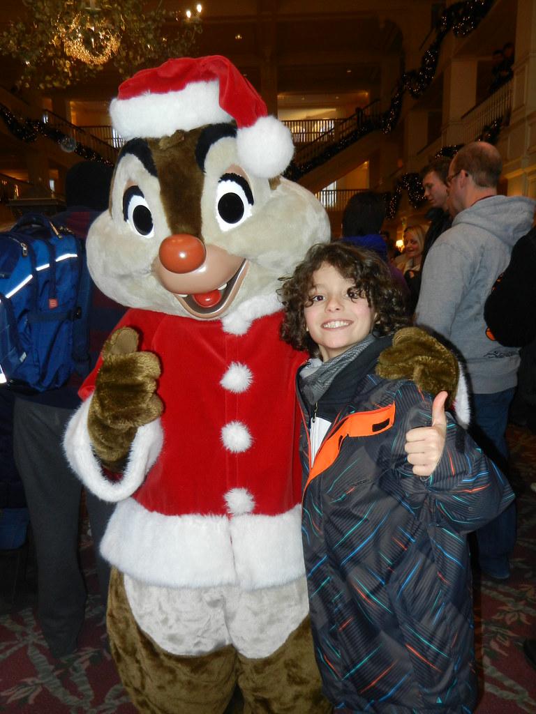 Un séjour pour la Noël à Disneyland et au Royaume d'Arendelle.... - Page 4 13693251475_72bee330ea_b
