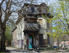 Abandoned / Henry Joselin House .... 4 Howard Street .... Toronto, Ontario