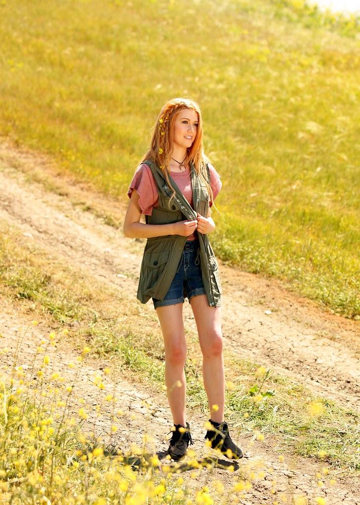 Кэтрин МакНамара — Фотосессия для «Wallflower Jeans» 2016 – 32