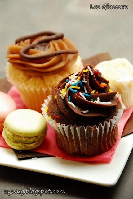 Cupcakes & Macarons @ Les Glaceurs