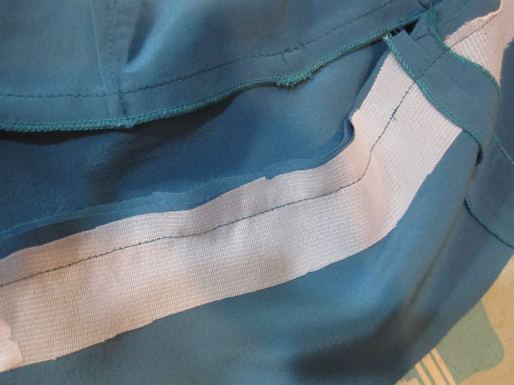 Interface Hem Band Facing