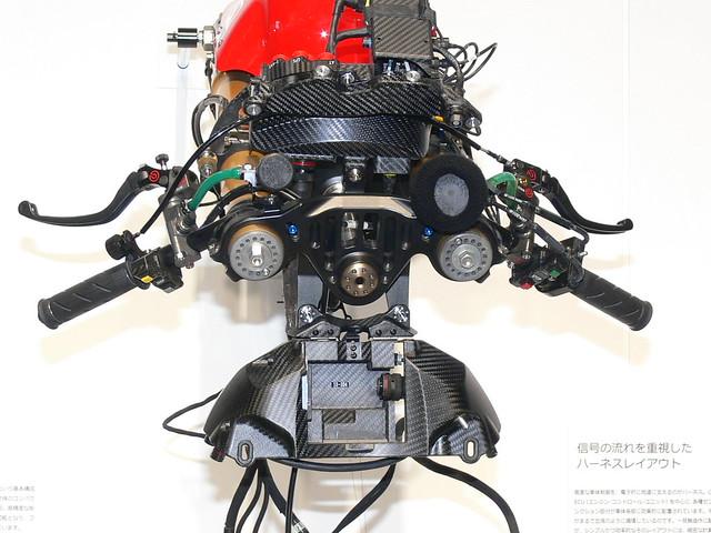 "YAMAHA 2011 YZR-M1(OWT1) #1 Jorge Lorenzo ""WGP 50th Anniversary Edition"""