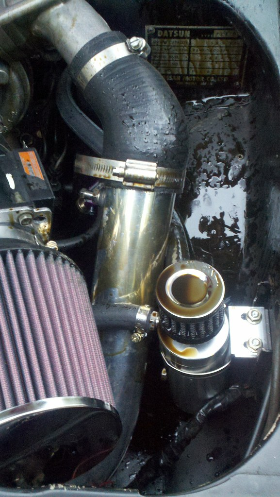 SR20det blowing oil out the catch can - fills up fast  - SR20