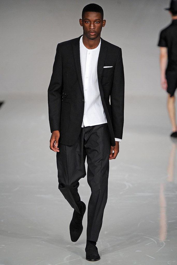 SS13 London Spencer Hart030_Harry Uzoka(VOGUE)