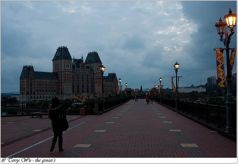 DAY-2-住-豪斯登堡-阿姆斯特丹飯店   (3)