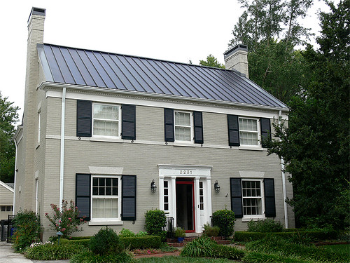 what's the problem? historic district in Kentucky (courtesy of RegenEn Solar)
